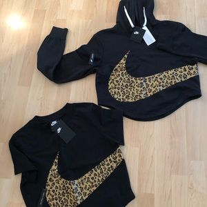 NWT NIKE LEOPARD crop hooded sweatshirt & tee XS